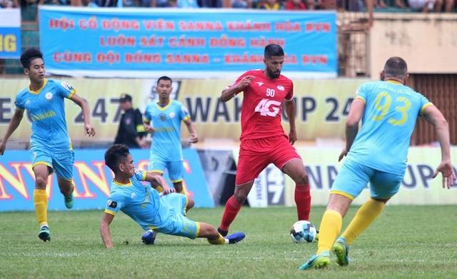 Khánh Hoà và CLB TPHCM giúp cho V-League hấp dẫn hơn - 1