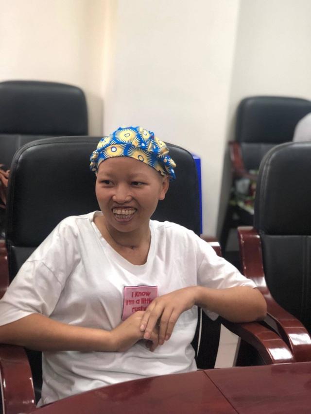 Bé Bình An và mẹ ung thư giai đoạn cuối được ra viện - 5