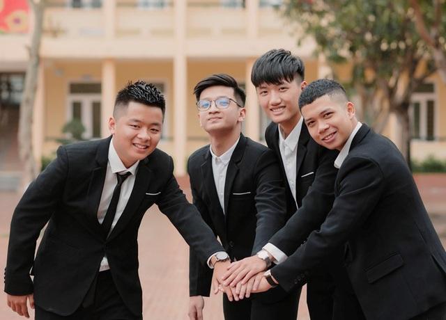 Điểm 10 Toán duy nhất của Nghệ An: Sát ngày thi vẫn... chơi điện tử - 2