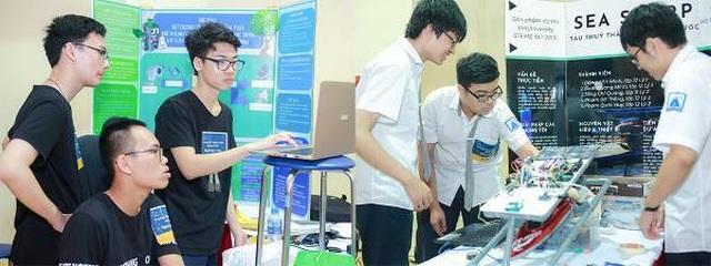 Hàng ngàn bạn trẻ yêu công nghệ háo hức với ngày hội STEME - 3
