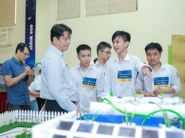 Hàng ngàn bạn trẻ yêu công nghệ háo hức với ngày hội STEME - 5
