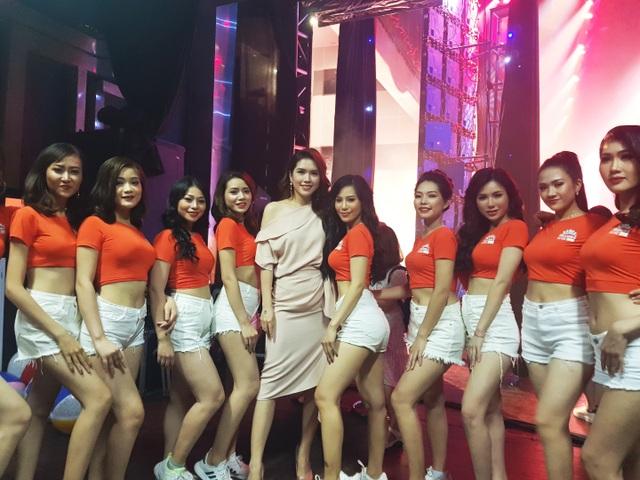 Minh Tiệp đồng hành cùng thí sinh Miss World Việt Nam - 1