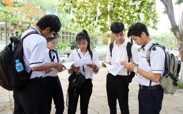 Phú Yên: Tỉ lệ đỗ tốt nghiệp THPT giảm hơn 5% - 1
