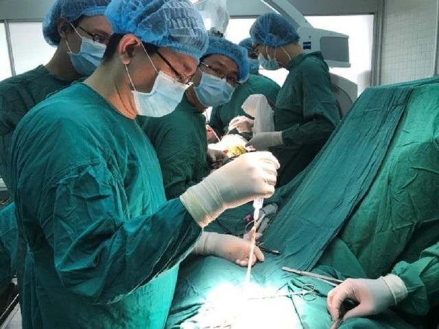 Đau đầu kéo dài, coi chừng phình mạch máu não - 2