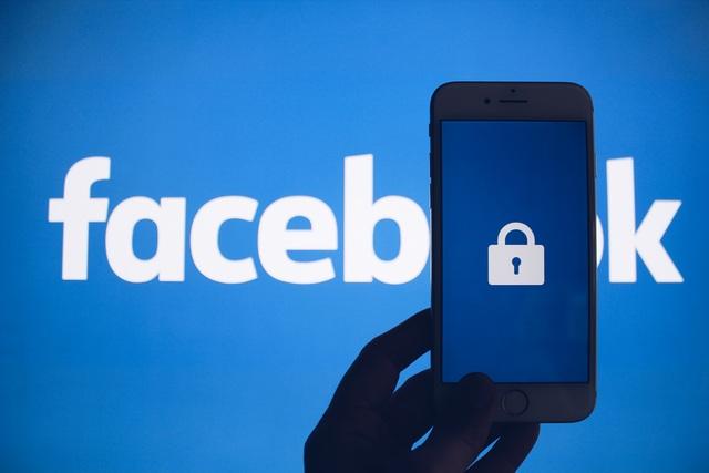 Đối mặt với án phạt kỷ lục 5 tỷ USD, nhà đầu tư của Facebook vẫn... vui mừng - 1