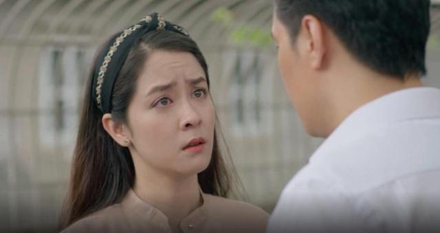 """Nhan sắc vợ """"ông trùm tỷ phú"""" lén lút hôn Việt Anh trong """"Mê cung"""" - 3"""