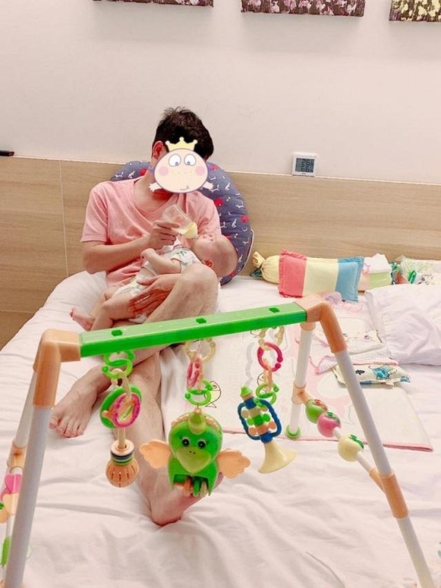 Ca sĩ Minh Chuyên lần đầu hé lộ hình ảnh bố của con trai - 2