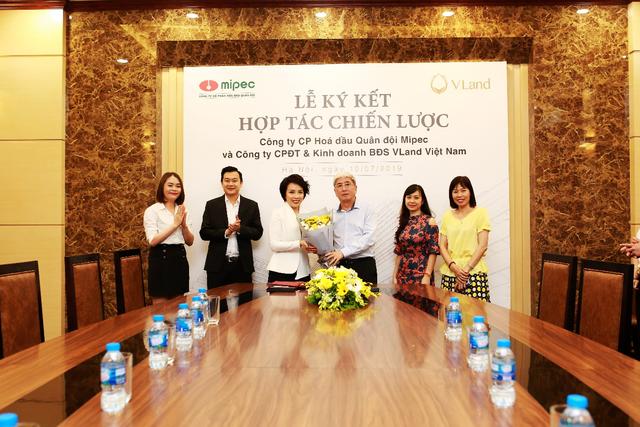 VLand ký kết hợp tác toàn diện cho chuỗi dự án bất động sản của Mipec - 2
