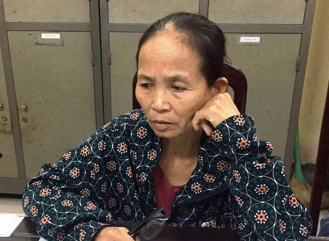 Nữ giáo viên về hưu mang 15 bánh heroin đi bán kiếm lời - 1