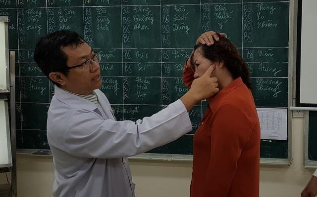 Đau đầu kéo dài, coi chừng phình mạch máu não - 4
