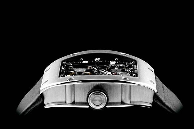 RM 001 Tourbillon - chiếc đồng hồ làm nên tên tuổi Richard Mille   - 2