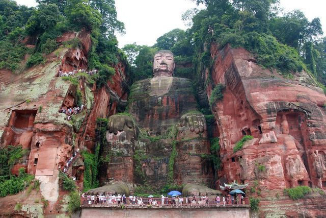 """Tượng Phật dài 100m """"tạc"""" trên ruộng bậc thang - 3"""