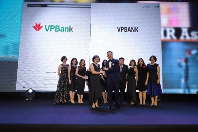 """VPBank được vinh danh """"Nơi làm việc tốt nhất Châu Á"""" do HR Asia bình chọn - 1"""