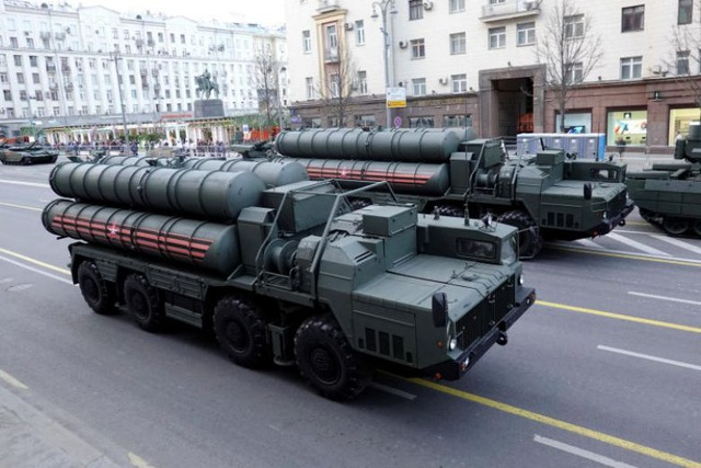 """Ấn Độ tìm ra cách """"lách"""" trừng phạt của Mỹ khi mua hàng tỷ USD vũ khí Nga? - 1"""