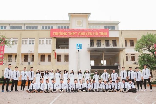 Trường THPT Chuyên Hà Tĩnh có 36 thí sinh đạt 27 điểm xét tuyển ĐH trở lên - 1