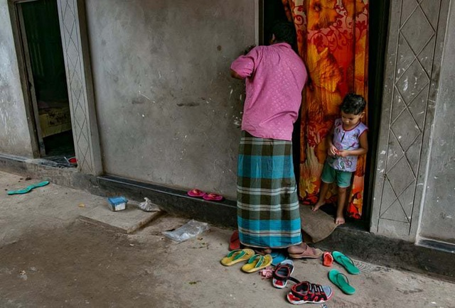 Cảnh địa ngục của những thiếu nữ bị bán vào nhà chứa ở Bangladesh - 2