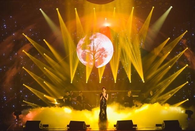 """Live show """"Tình lúa duyên trăng"""" được trình diễn tại Nhà hát Corona Phú Quốc - 3"""