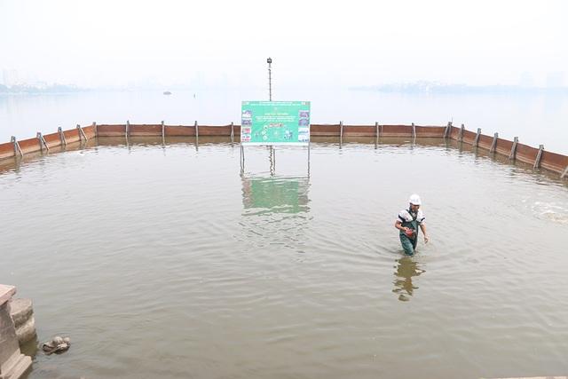 Nước Hồ Tây đổi màu sau thí điểm công nghệ làm sạch Nhật Bản - 2