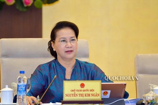 Chủ tịch Quốc hội nhắc Chính phủ rút kinh nghiệm trong việc tiêu tiền - 1