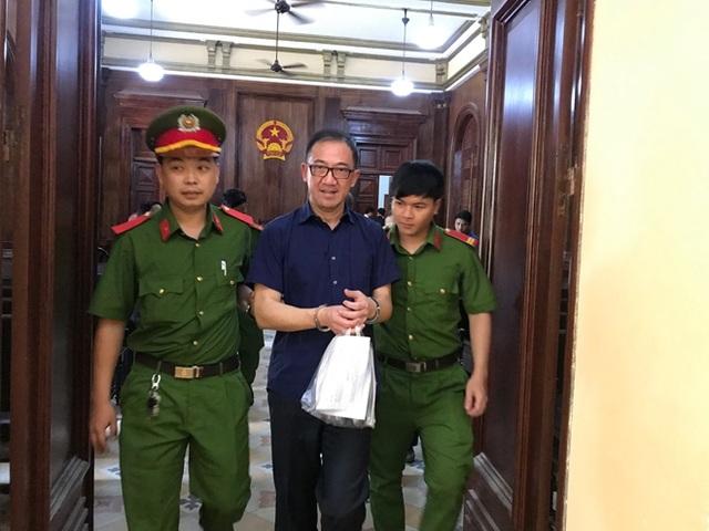 Nguyên Tổng giám đốc Công ty Groupama Việt Nam lãnh 12 năm tù - 1