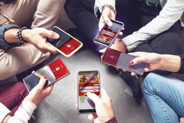 Giới trẻ hào hứng đặt vé bay bằng app Vietjet Air chỉ trong vòng 1 nốt nhạc - 1