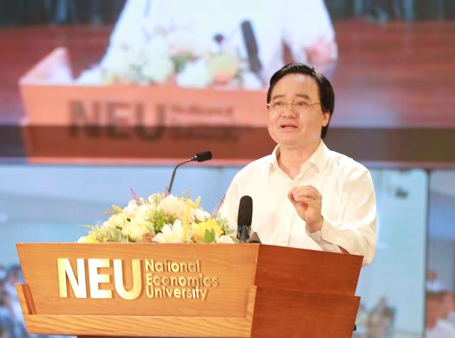 """Bộ trưởng Phùng Xuân Nhạ: """"Liên kết đào tạo bừa bãi thì phải xử lý"""" - 5"""