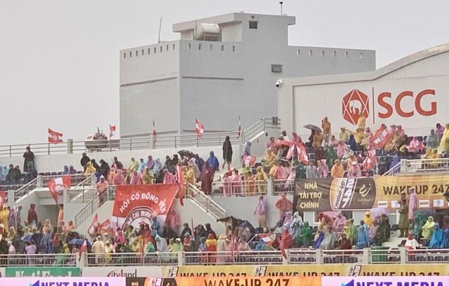 Thắng kịch tính SHB Đà Nẵng, CLB TPHCM giữ chặt ngôi đầu V-League - 5