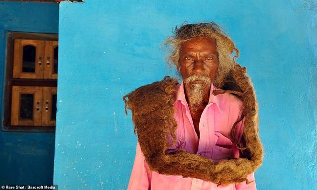 Gặp gỡ người đàn ông 40 năm không gội đầu, không cắt tóc - 4