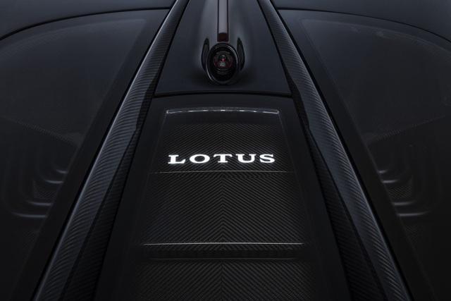 Lotus Evija - Ứng viên cho danh hiệu Siêu xe mạnh nhất thế giới - 12