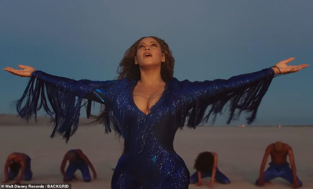 Beyonce thay 10 bộ váy trong MV mới - 14