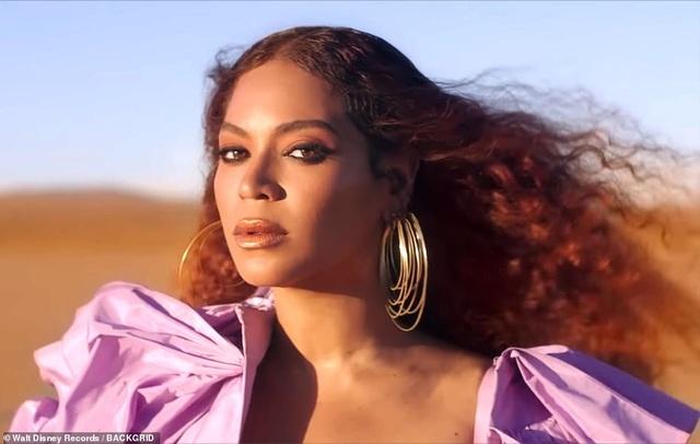 Beyonce thay 10 bộ váy trong MV mới - 3