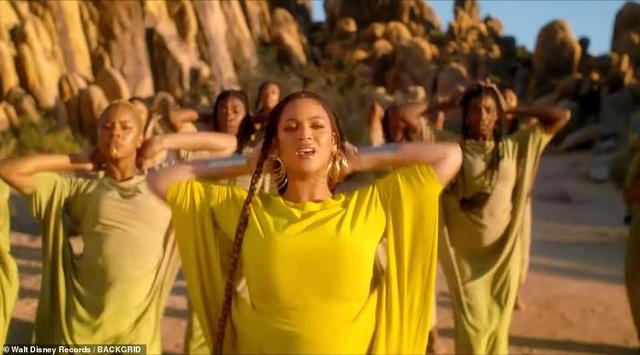Beyonce thay 10 bộ váy trong MV mới - 10
