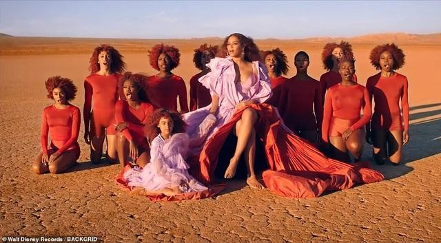 Beyonce thay 10 bộ váy trong MV mới - 5