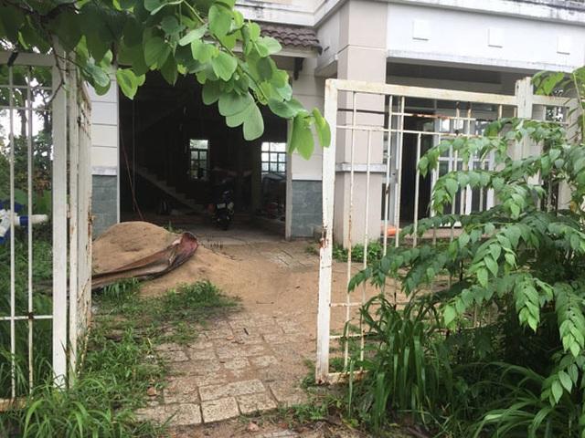 Chuyện tình ri đô trong biệt thự đang xây ở Sài Gòn - 2