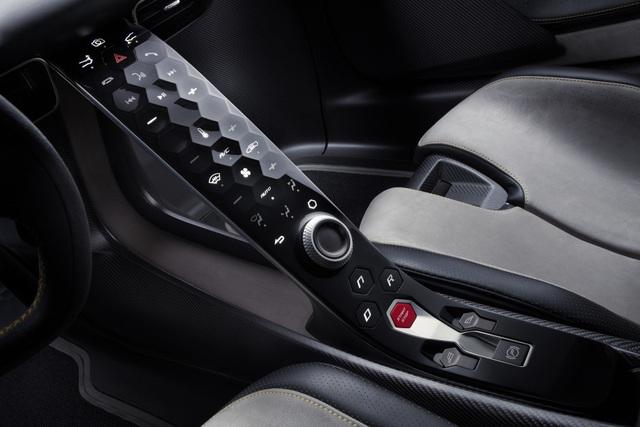 Lotus Evija - Ứng viên cho danh hiệu Siêu xe mạnh nhất thế giới - 17