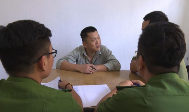 Bắt giam đối tượng người Trung Quốc được thuê sang Việt Nam rút tiền do lừa đảo mà có - 1