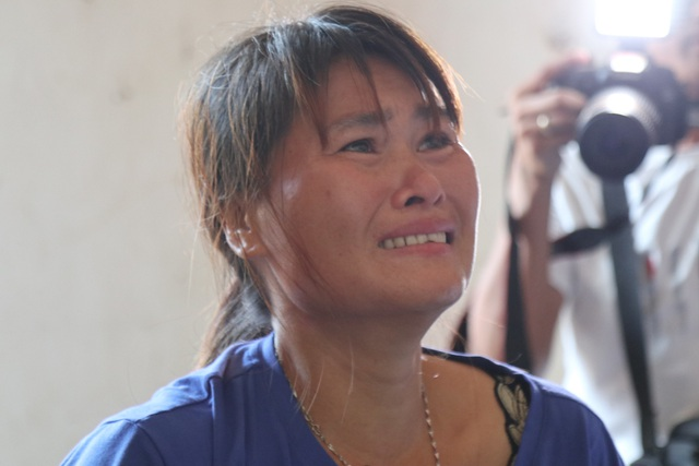 Người phụ nữ 24 năm lưu lạc Trung Quốc không dám tin còn được ôm mẹ ở quê nhà - 4
