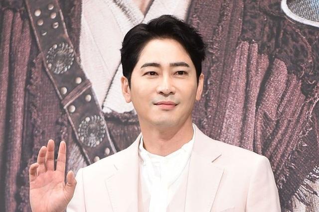 """Kwang Ji Hwan bị đề nghị xét nghiệm với """"chất cấm"""" - 1"""