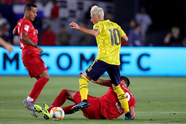 Lewandowski lập công, Bayern Munich vẫn thua Arsenal - 1