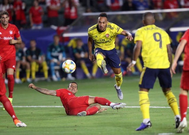 Lewandowski lập công, Bayern Munich vẫn thua Arsenal - 3