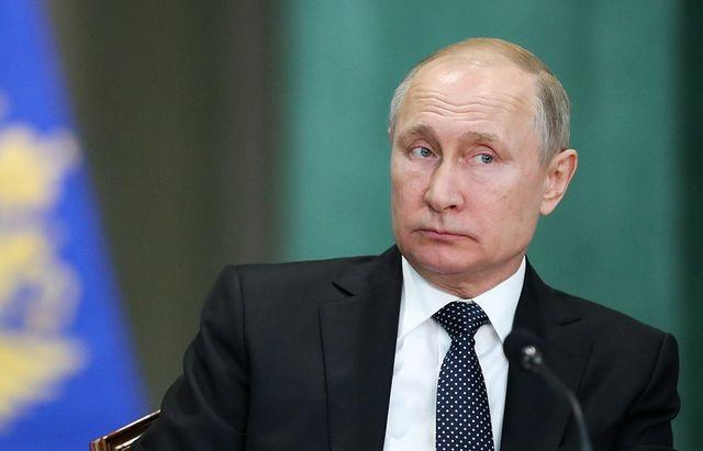 Ông Putin mở rộng sắc lệnh cấp hộ chiếu nhanh cho người Ukraine - 1