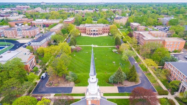 Đại học ELMHURST: Cơ hội sở hữu học bổng đại học lên đến USD 100.000 - 1