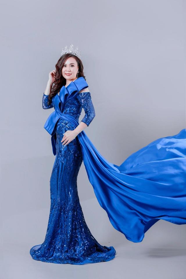 Diễn viên Phan Kim Oanh gợi cảm xinh đẹp với hình ảnh mới - 3