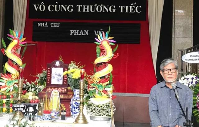 Tiễn đưa nhà thơ Phan Vũ về nơi an nghỉ cuối cùng - 2
