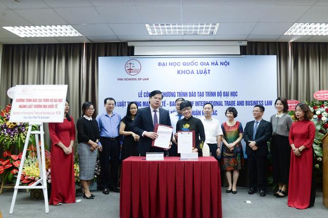 Khoa Luật – ĐH Quốc gia Hà Nội ra mắt ngành Luật Thương mại quốc tế - 3