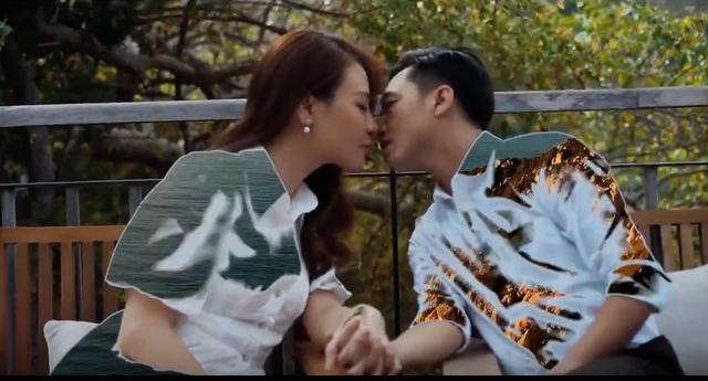 Cường Đô la lái siêu xe, hôn Đàm Thu Trang ngọt ngào trước ngày cưới - 5