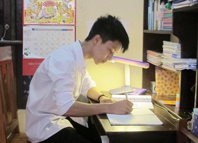 Thủ khoa 2 khối A, B của tỉnh Ninh Bình mơ ước trở thành bác sĩ giỏi - 3