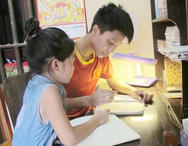 Thủ khoa 2 khối A, B của tỉnh Ninh Bình mơ ước trở thành bác sĩ giỏi - 2