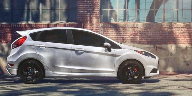 Ford vẫn né tránh lỗi hộp số PowerShift của xe Fiesta và Focus - 2