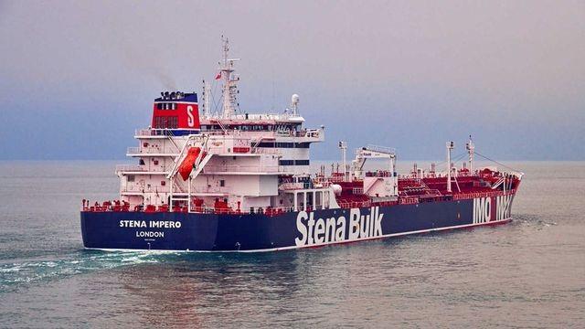 Iran lên tiếng về lý do bắt giữ tàu dầu Anh - 1
